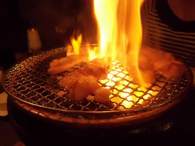 三島「ホルモンが美味 火宴」